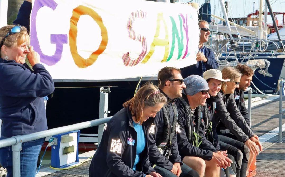 准备就绪、起航在即-克利伯比赛船队从总部出发驶向开赛地伦敦w6.jpg