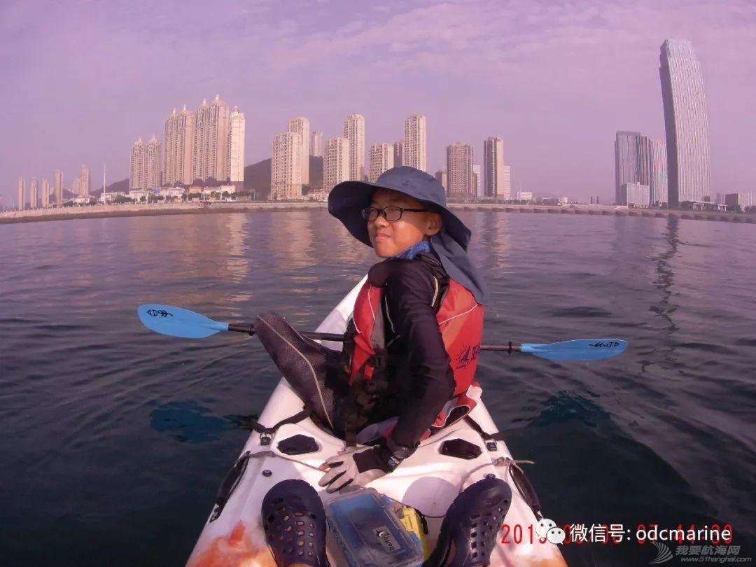 乘舟破浪终有时-13岁阳光少年划平台舟成功跨越渤海海峡w6.jpg