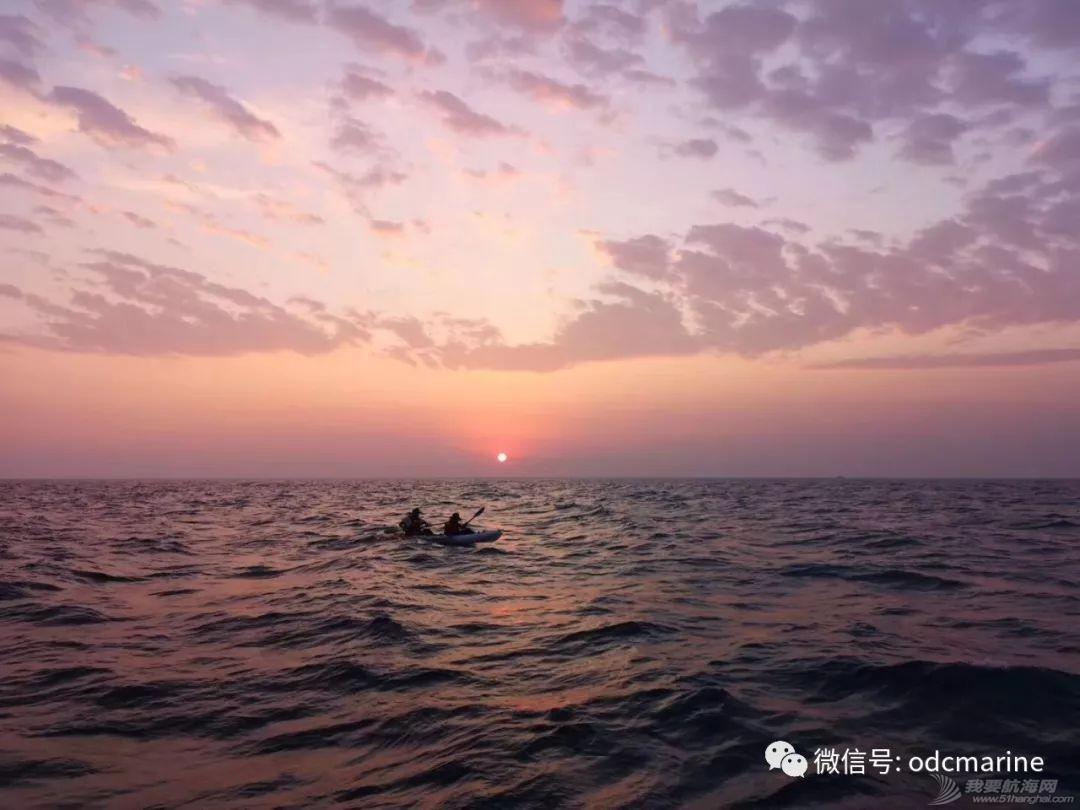 乘舟破浪终有时-13岁阳光少年划平台舟成功跨越渤海海峡w10.jpg