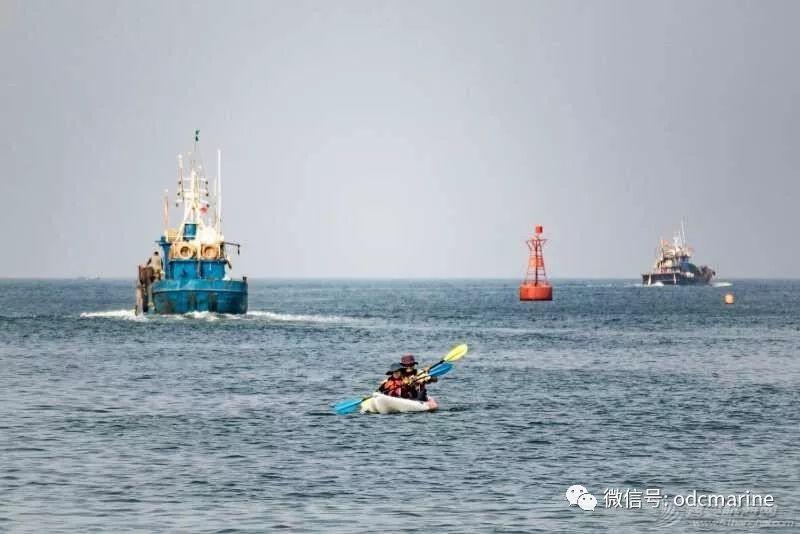乘舟破浪终有时-13岁阳光少年划平台舟成功跨越渤海海峡w7.jpg