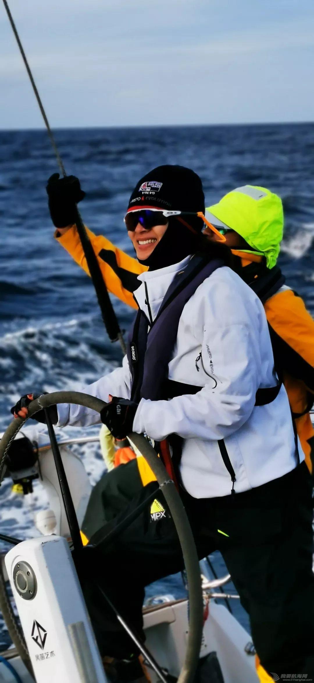 帆船圈女钢铁侠:绕过爱尔兰灯塔w3.jpg