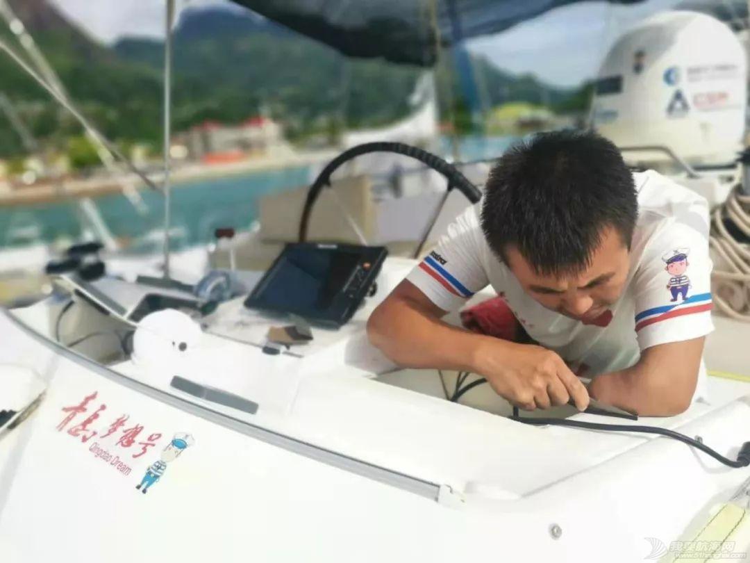 环球航行两年多,七个半月在洗船!w9.jpg