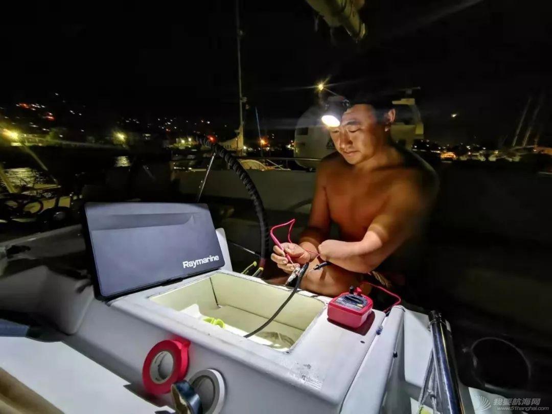 环球航行两年多,七个半月在洗船!w11.jpg