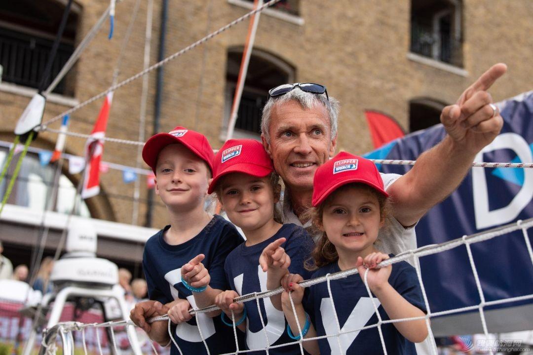 克利伯2019—2020环球帆船赛伦敦启航 明年3月将停靠珠海九洲港w2.jpg