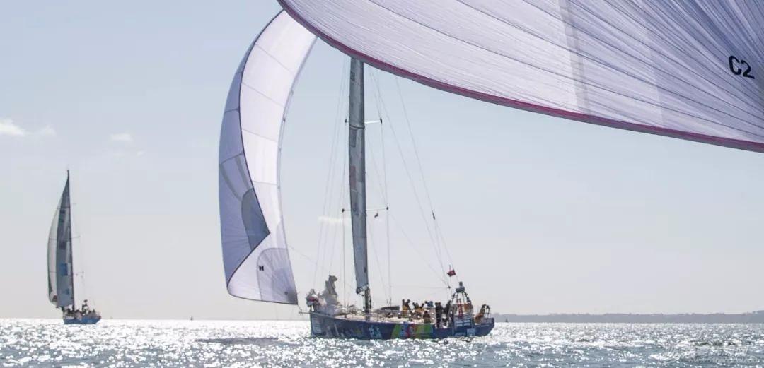赛程1第1日:球帆飞舞-克利伯2019-20环球帆船赛正式开始w8.jpg