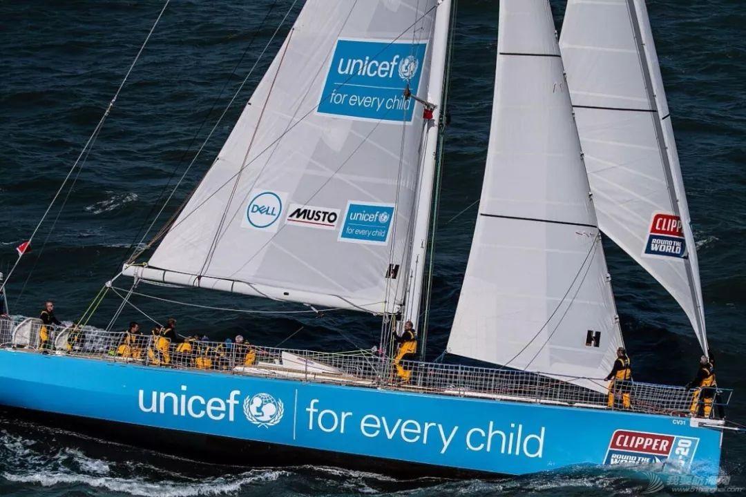 赛程1第2日:船队继续逆风行进w4.jpg