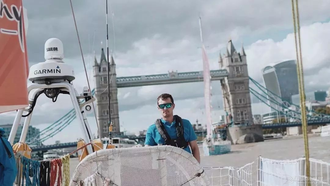 """克利伯环球帆船赛伦敦开赛 """"三亚号""""踏上卫冕征程w11.jpg"""