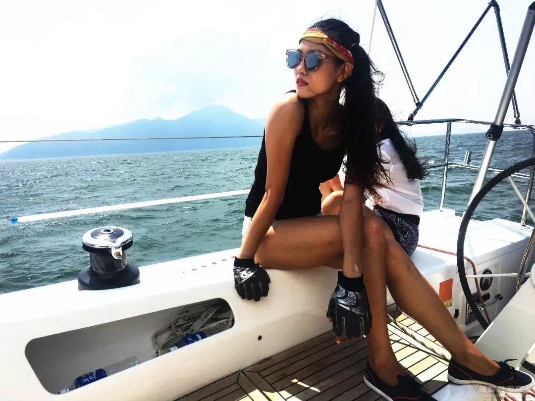 女水手跳舞:甲板上的意外收获w2.jpg