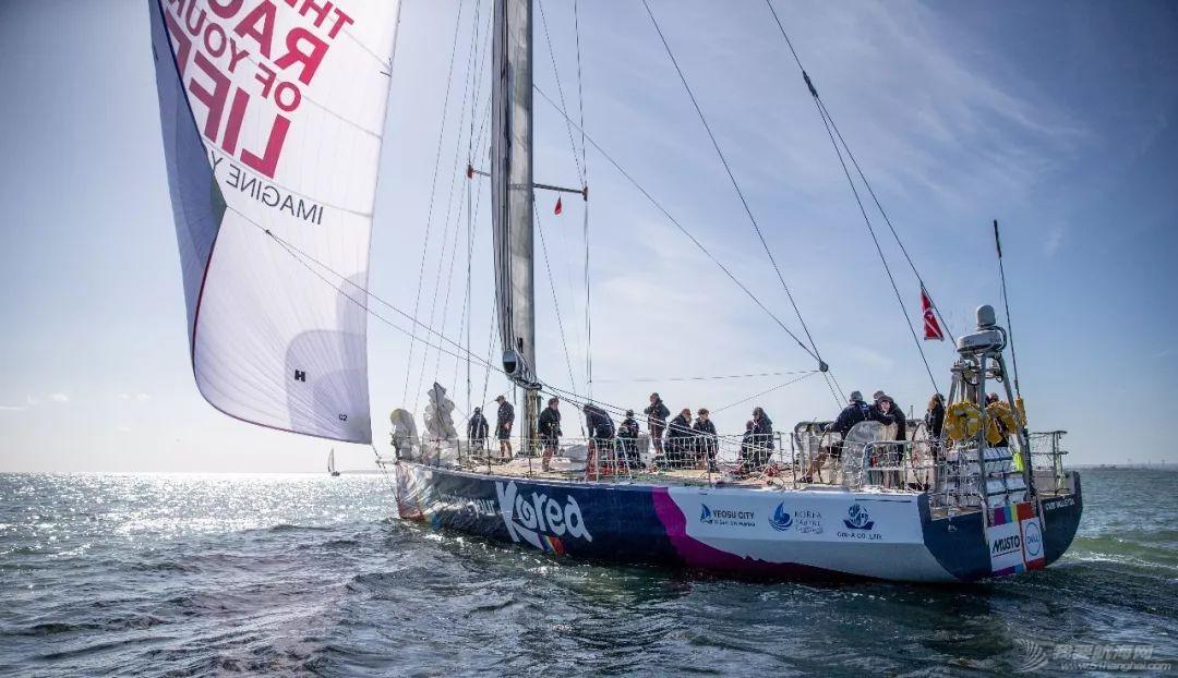 赛程1第3日:比赛船队驶离英国海域、行进状态逐渐平稳w4.jpg