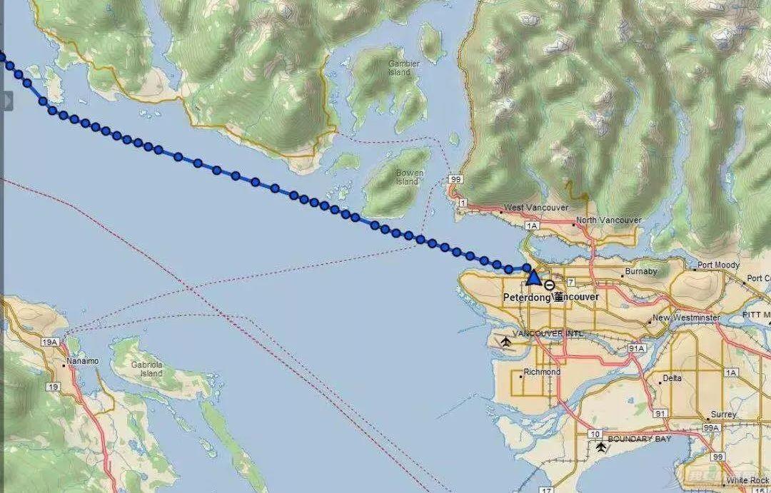 实时报道:TAYANA在急流女妖的陪伴下顺利到达加拿大温哥华w1.jpg