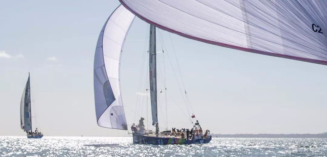 周边动态丨赛程1第1日:球帆飞舞-克利伯2019-20环球帆船赛正式开始w8.jpg