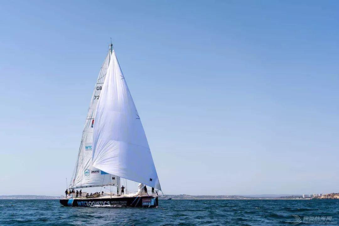 赛程1上演各种海况 珠海和三亚总积分排名第四和第五w8.jpg