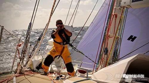 喜讯!青岛号赢得克利伯环球帆船赛揭幕赛w5.jpg