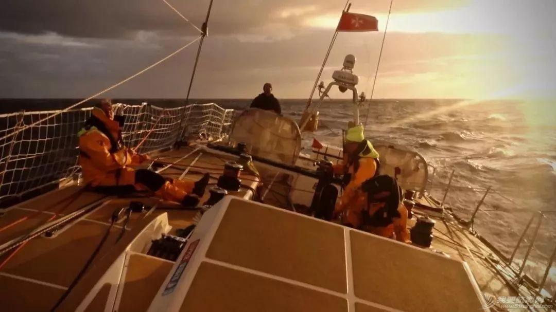 祝贺!总成绩位列第二!中国帆船之都青岛号在克利伯揭幕赛创佳绩w4.jpg