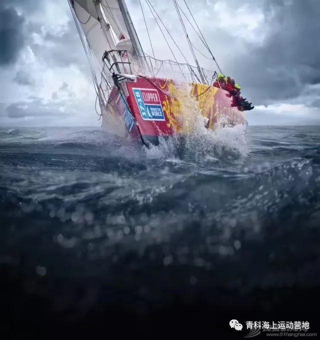 克利伯环球帆船赛青岛号顺利抵达三亚,青科学子载誉而归!w11.jpg