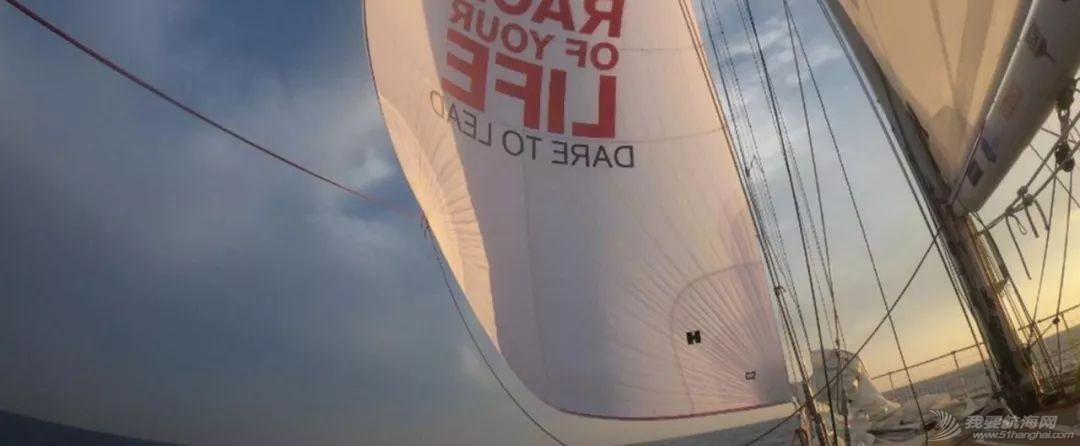 赛程2第8日:船队驶向佛得角群岛w2.jpg