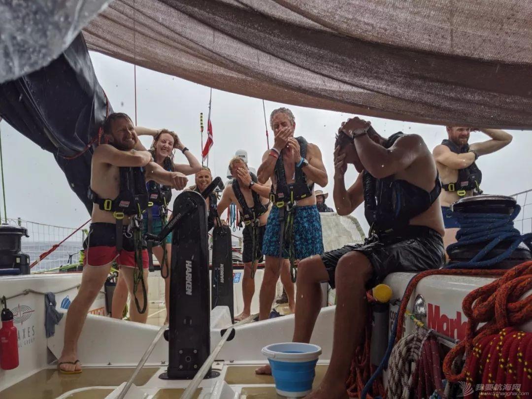 赛程2第12日:热带阵雨和飑风时常光顾比赛船队w3.jpg