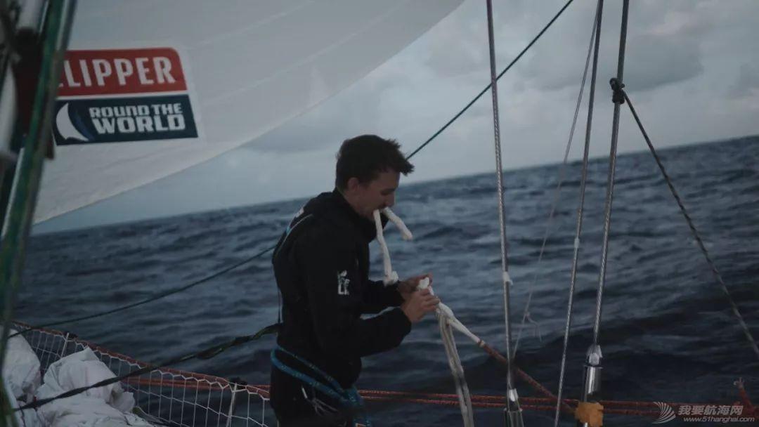水手日记 | 遭遇超强飓风洛伦佐w5.jpg