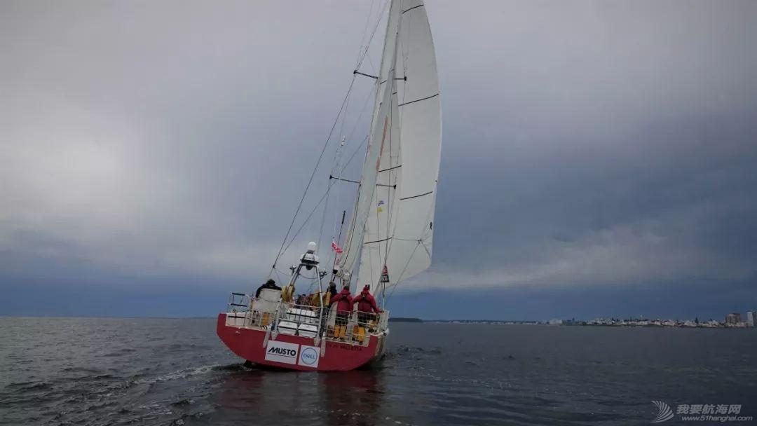 喜报!青岛号赛队在克利伯环球帆船赛第2赛程中获得冠军!w8.jpg