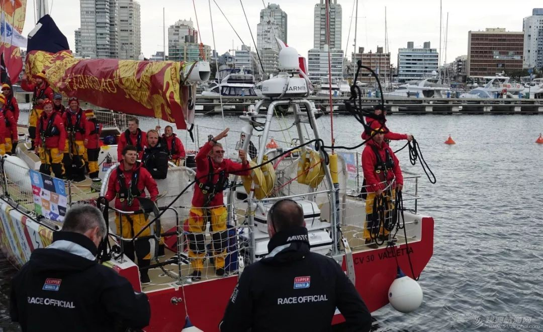 喜报!青岛号赛队在克利伯环球帆船赛第2赛程中获得冠军!w9.jpg