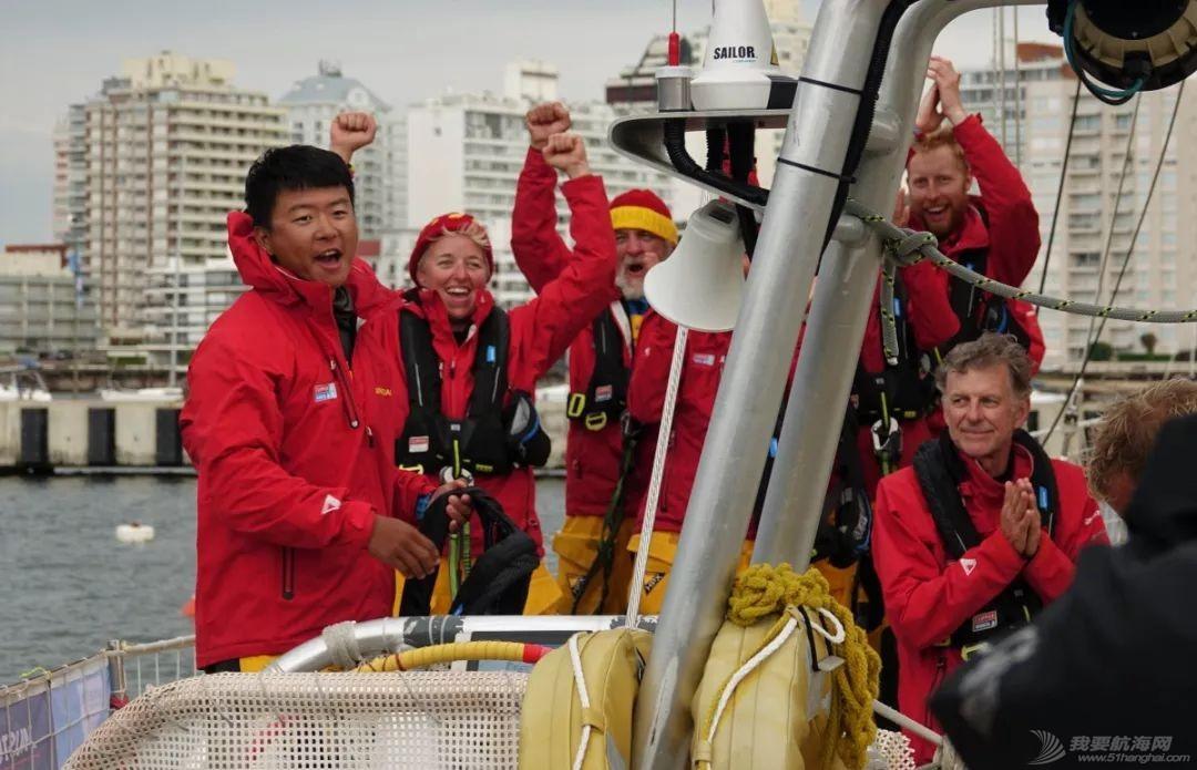 喜报!青岛号赛队在克利伯环球帆船赛第2赛程中获得冠军!w13.jpg