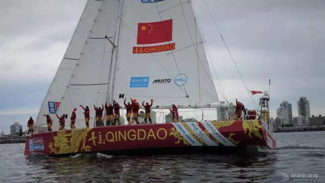 中国驻乌拉圭大使赴埃斯特角停靠站参观克利伯帆船赛w11.jpg