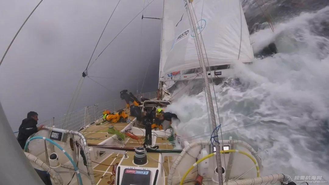 惊奇震撼的闪电风暴视频-拍摄于克利伯2019-20帆船赛第2赛程w4.jpg