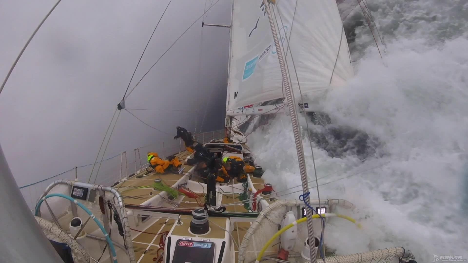 惊奇震撼的闪电风暴视频-拍摄于克利伯2019-20帆船赛第2赛程w2.jpg