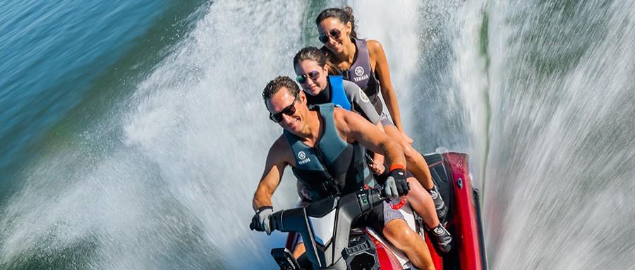 摩托艇,水上,假期,家人,让你 假期带家人玩水上摩托艇,你是最靓的那个仔!  154207u9tk9ltclujkqzj9