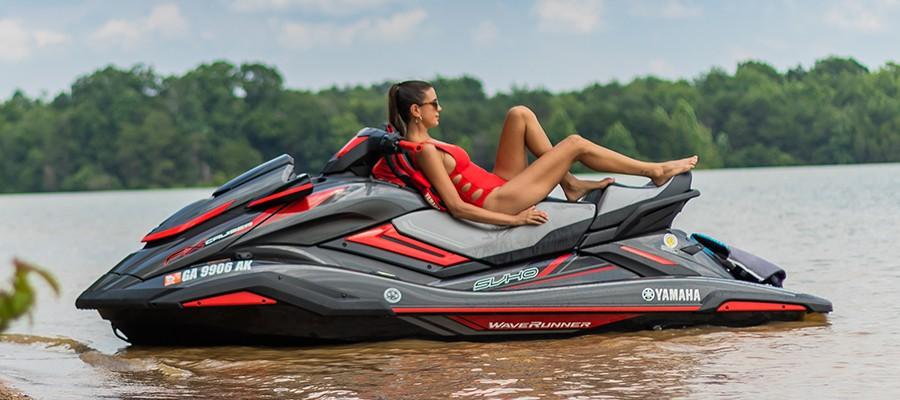 摩托艇,拍照,要领,合影,拥有 摩托艇拍照姿势大全!这样的美照令人无法抗拒!  154631kwq0dk6gnmzykzm0