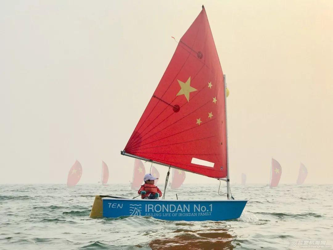 番外篇:用心热爱帆船的阿铁与小公|新中国70华诞特辑?w38.jpg