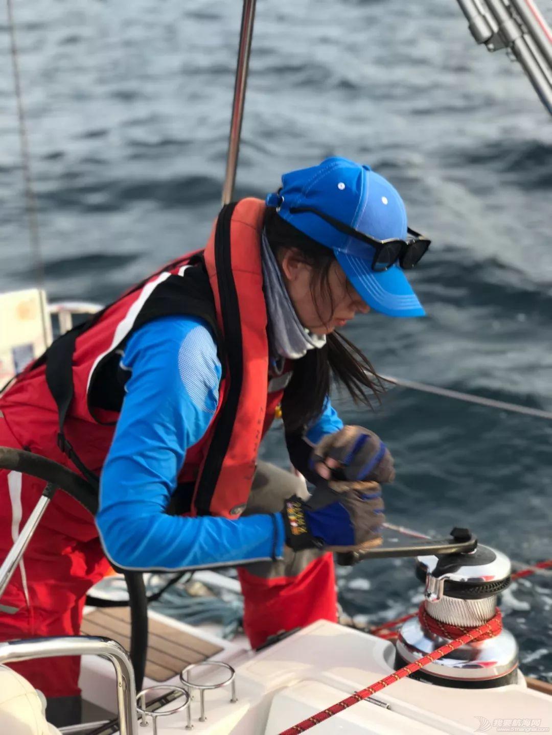 假脸假胸不许上船,中国女人海上的另一种美w5.jpg
