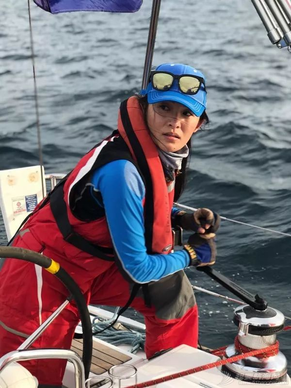假脸假胸不许上船,中国女人海上的另一种美w4.jpg