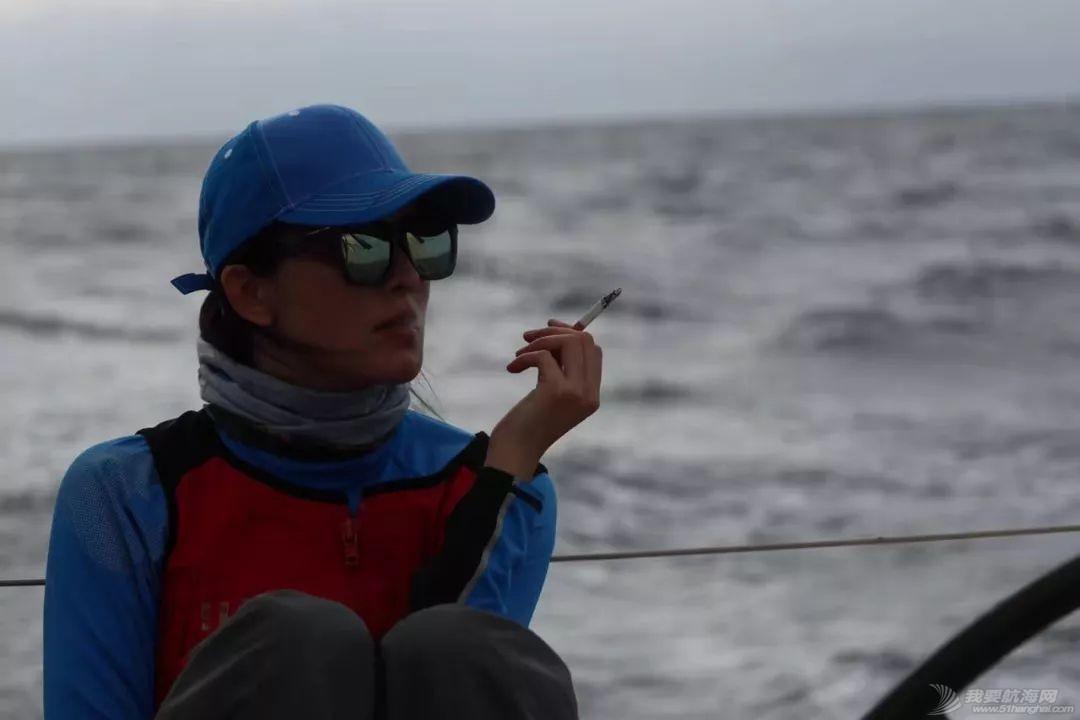 假脸假胸不许上船,中国女人海上的另一种美w16.jpg