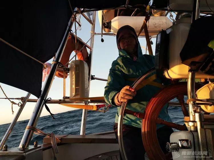 我的航海日记(24)与风竞速的六天六夜w18.jpg