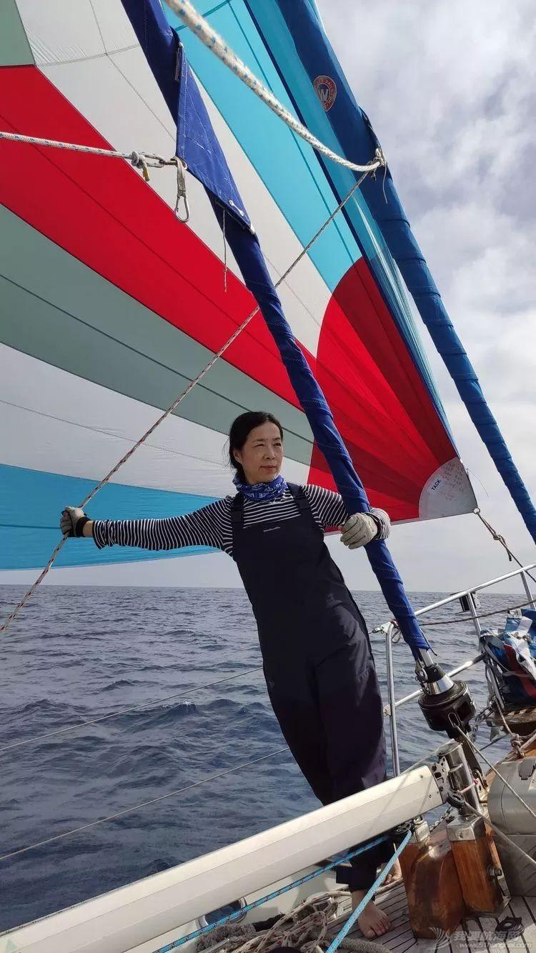 我的航海日记(25)不期而遇的巴哈哈哈800海里帆船赛w8.jpg