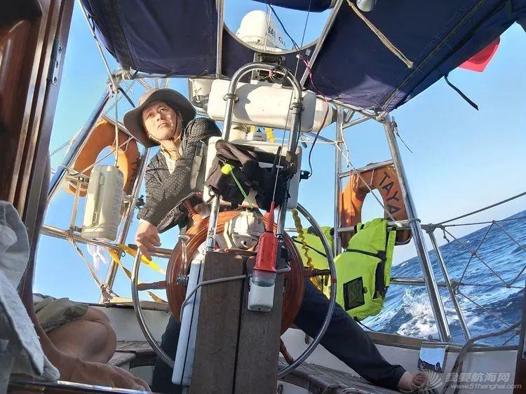 我的航海日记(25)不期而遇的巴哈哈哈800海里帆船赛w20.jpg