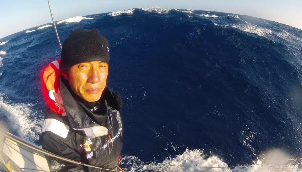郭川:海上138天  正午w1.jpg