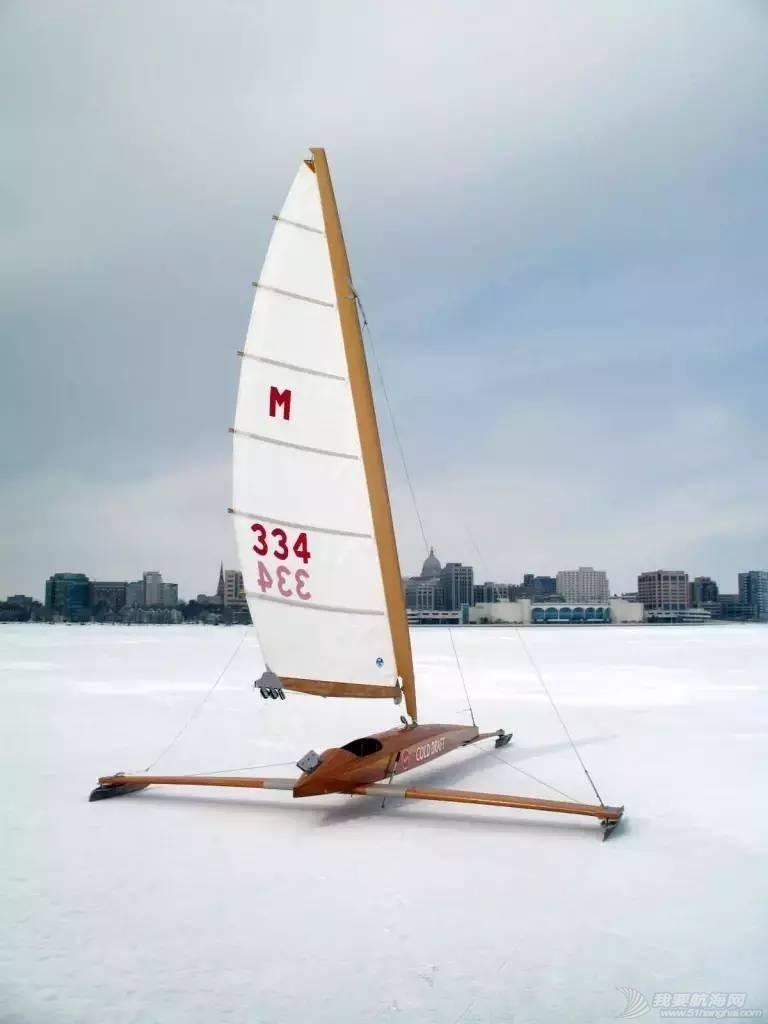 [视频]北方人民的福利 冰上也能玩帆船w2.jpg