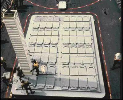 军舰垂直发射导弹时,如何应对高温火焰对导弹的烧蚀?w7.jpg
