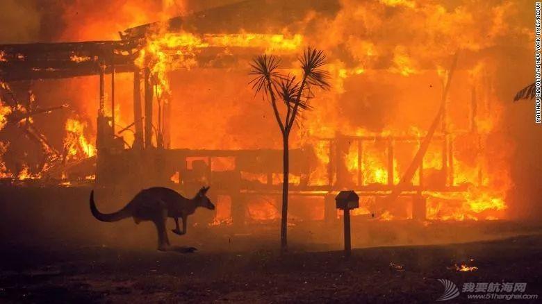 赛况报道 | 航行途中见到澳洲大火w10.jpg