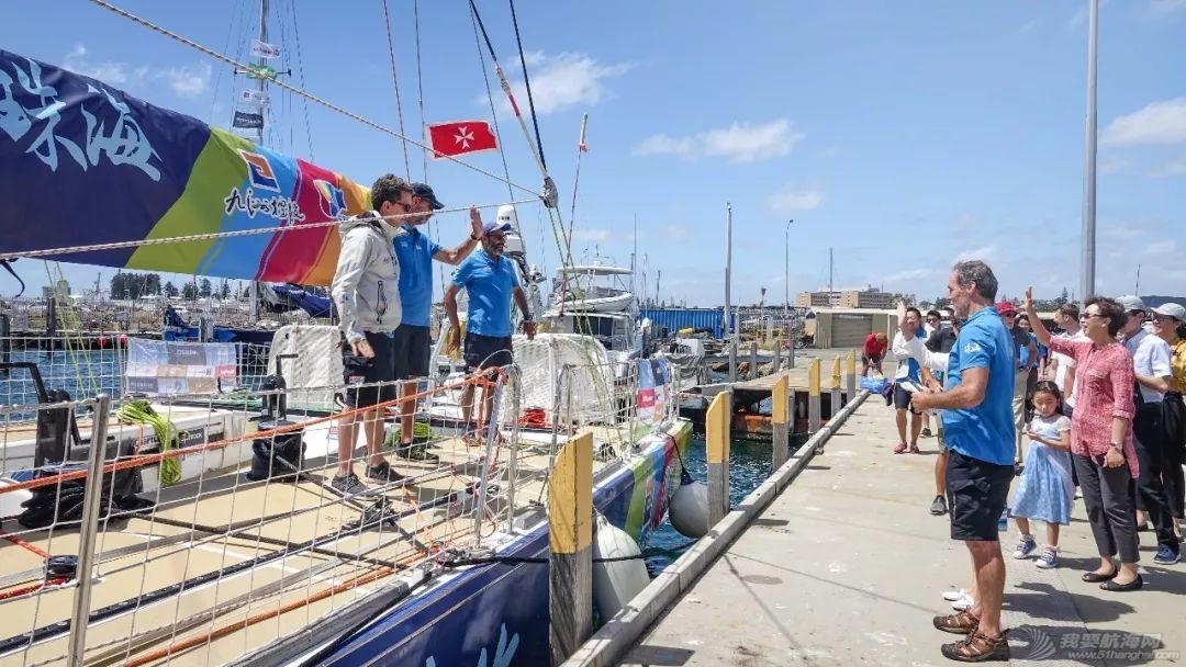 中国驻珀斯总领馆一行来到弗里曼特尔访问克利伯帆船赛w5.jpg