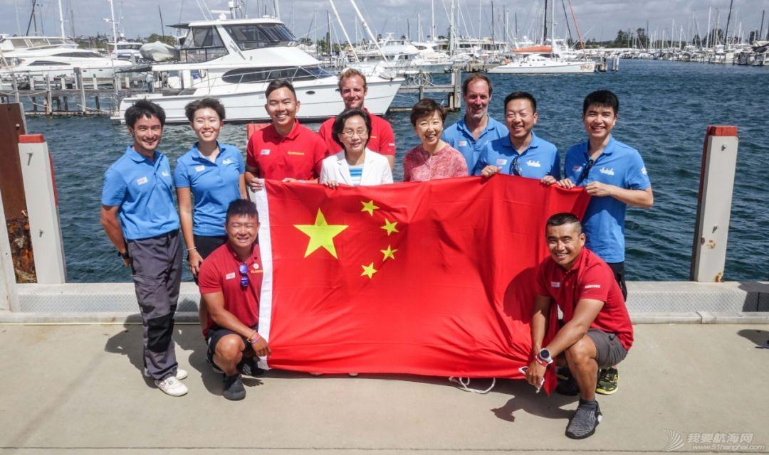 中国驻珀斯总领馆一行来到弗里曼特尔访问克利伯帆船赛w3.jpg