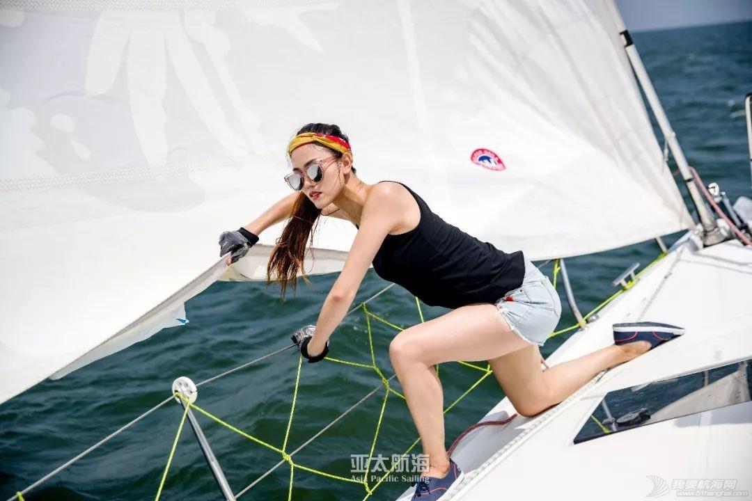 桅杆上的女赌王:船踪侠影江湖路,财色功名五百年w1.jpg