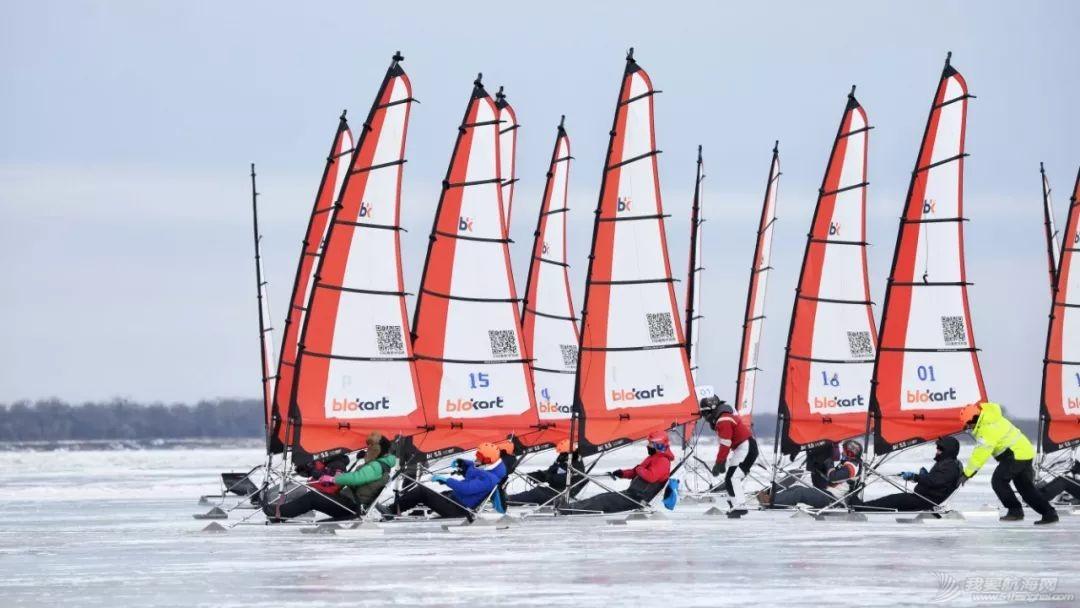 迎接新年第一缕阳光 全国冰上帆船公开赛抚远举行w4.jpg