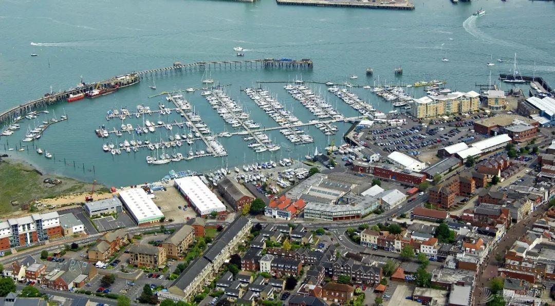 英国游艇码头分布第五篇,朴茨茅次w6.jpg