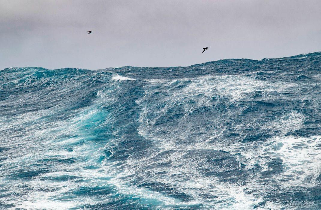 """""""咆哮西风带""""技能get!珠海号顺利抵达澳大利亚弗里曼特尔w7.jpg"""