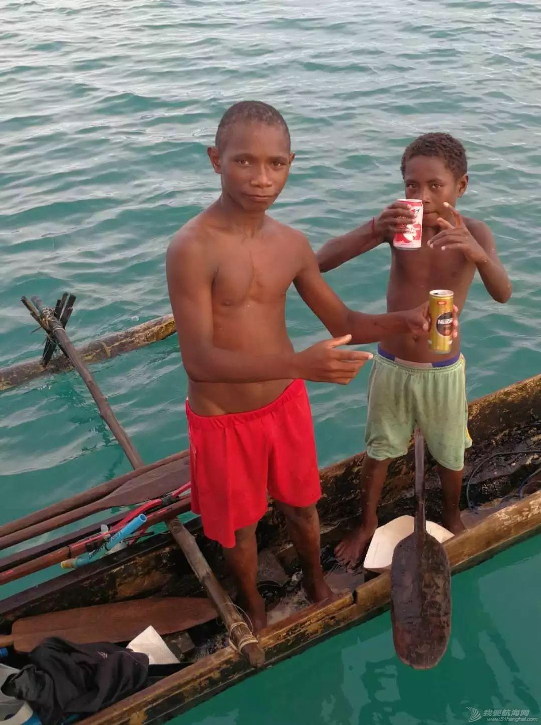巴新奇遇:用两罐啤酒救下一只海龟,还收编了一个岛的兄弟w23.jpg