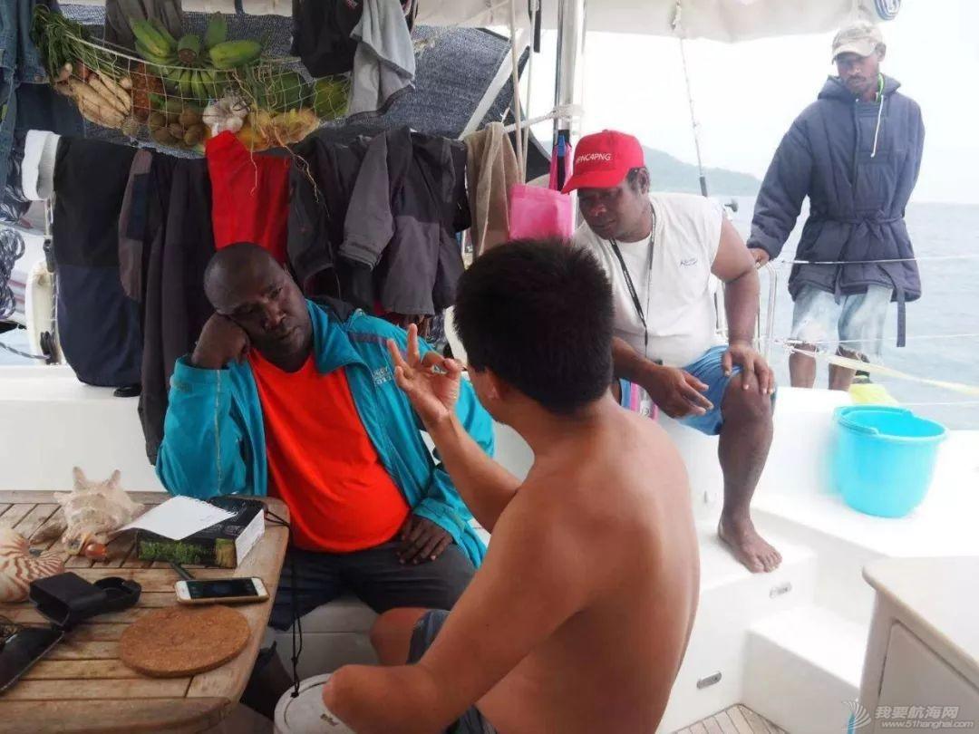 巴新奇遇:用两罐啤酒救下一只海龟,还收编了一个岛的兄弟w79.jpg