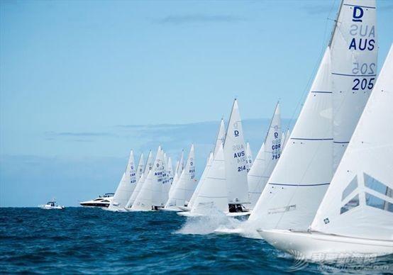 一周帆船资讯|国家帆船帆板队新年第一天 参观庆祝改革开放40周年大型展w7.jpg